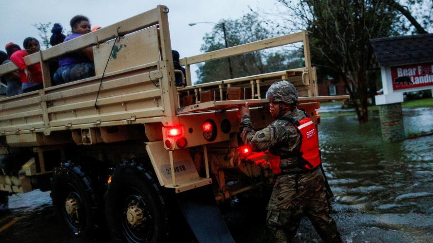 Plusieurs morts relevés en Caroline du Nord — Ouragan Florence