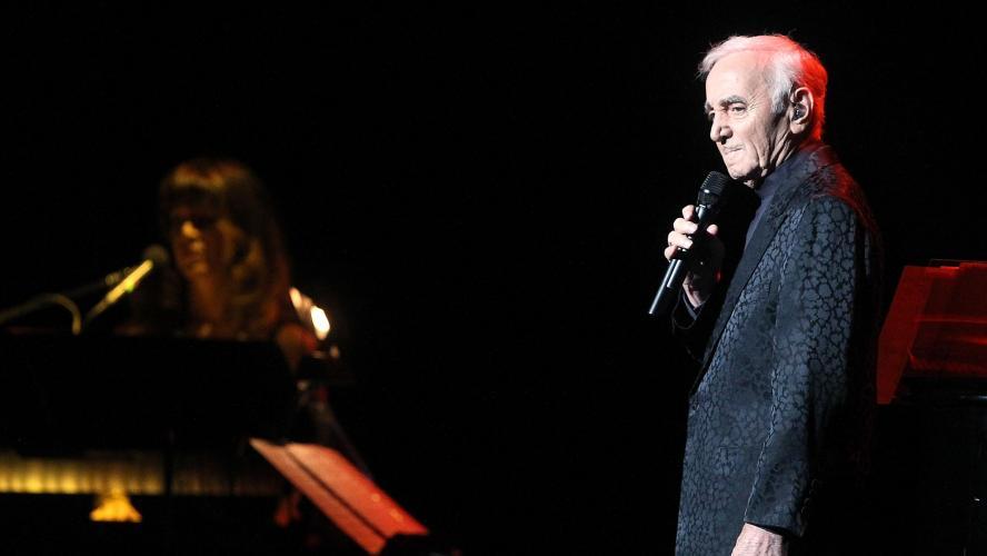 Charles Aznavour à jamais dans la légende de la chanson française...