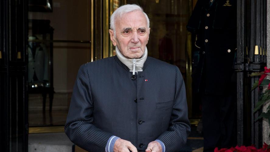 Voici comment une animatrice s'est réjouit de son décès — Charles Aznavour