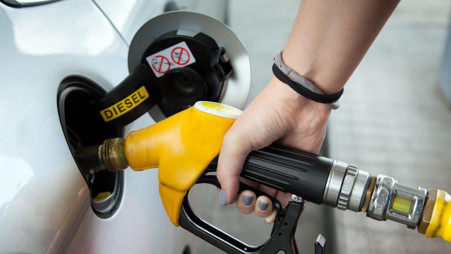 73f89db7789282 Le diesel désormais plus cher que l essence à la pompe…