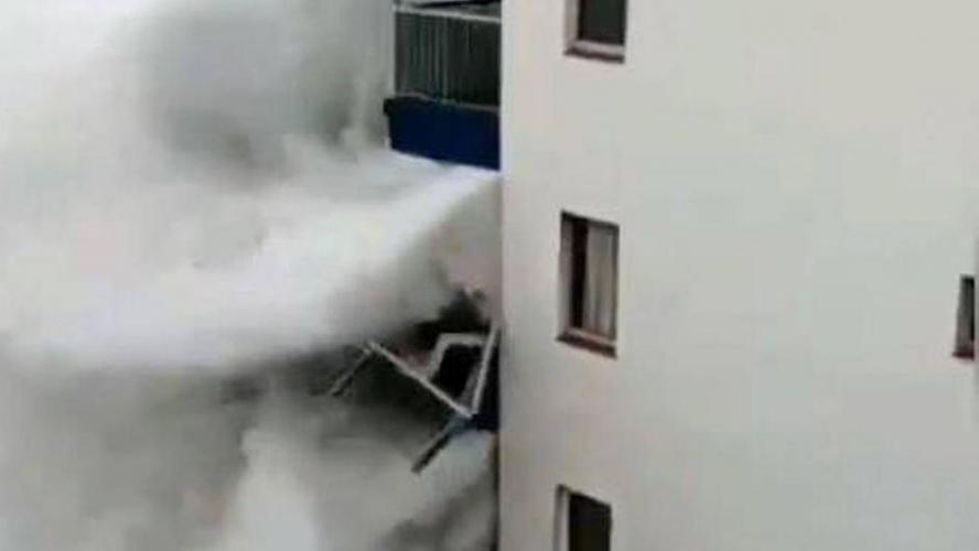 VIDEOS - Canaries : une tempête frappe violemment l'archipel
