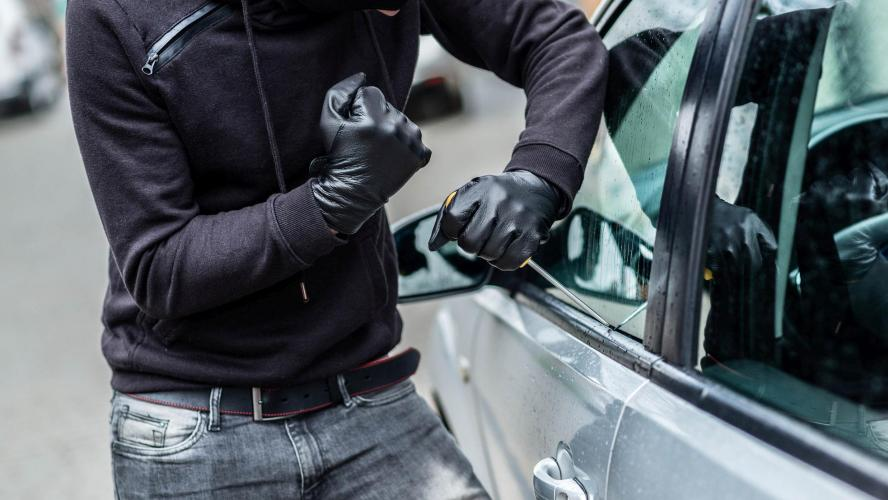 La nouvelle technique redoutable des voleurs de voitures: il ne ...
