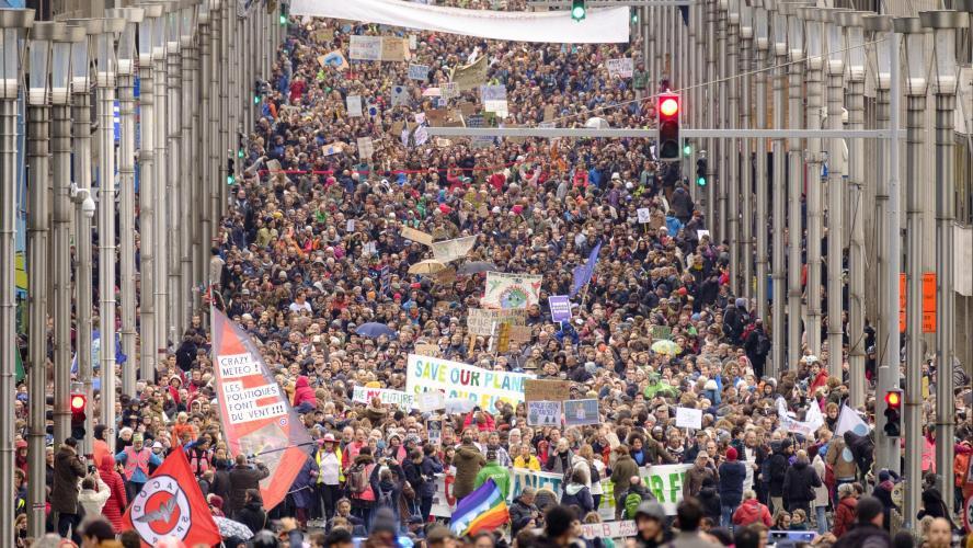 Accord For Sale >> Marche pour le climat: près de 70.000 manifestants pour une politique climatique juste et ...