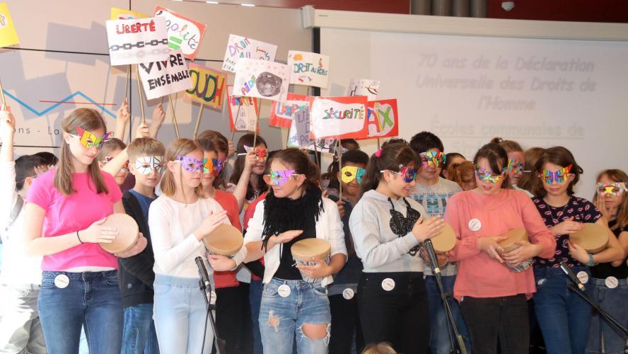f45576a6fcae5 Les enfants au cœur de la journée des Droits de l Homme