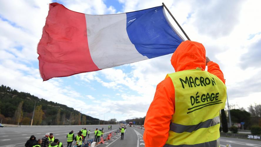 Hausse du Smic, heures supplémentaires défiscalisées: les annonces d'Emmanuel Macron