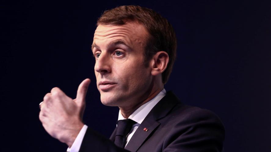 La cote de popularité de Macron tombe à 23%