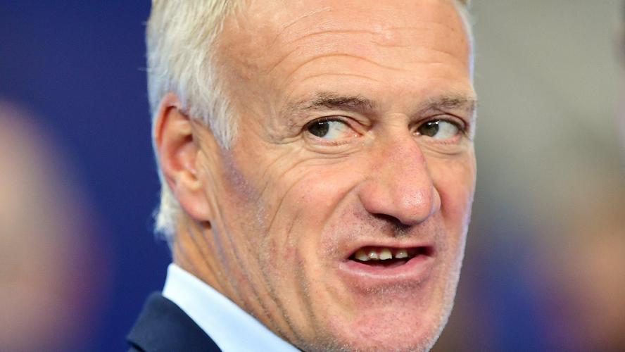 Didier Deschamps : ses nouvelles dents cassent les Internets ! par Anthony De Pasquale