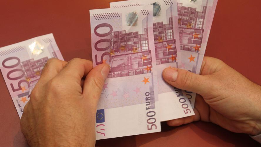 Le billet de 500 euros vit ses dernières heures