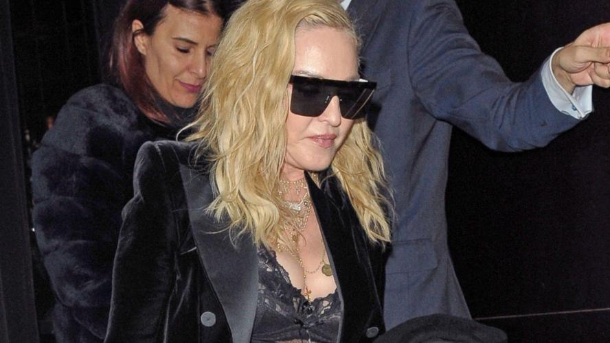 Ses fesses font le buzz — Madonna