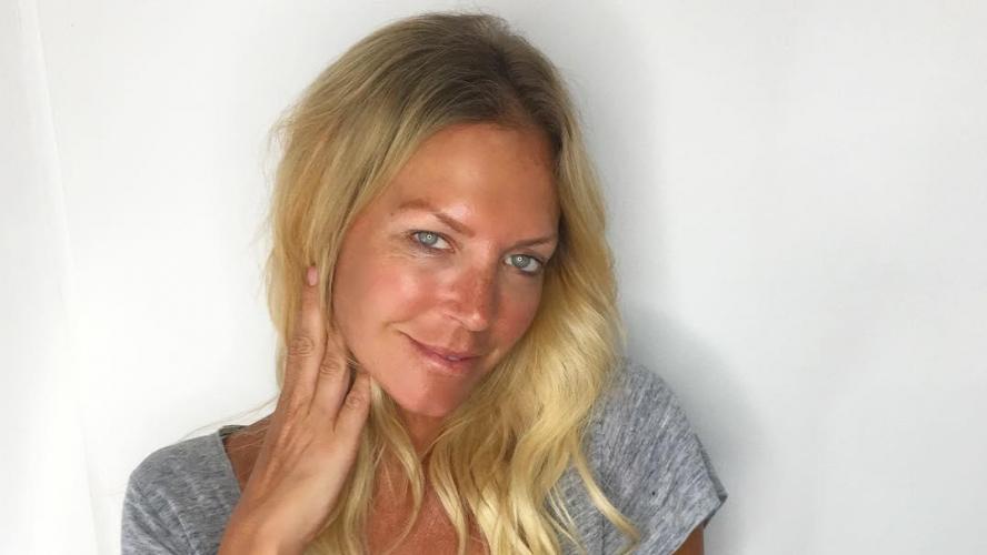 l actrice et mannequin australienne annalise braakensiek retrouv e morte dans sa maison. Black Bedroom Furniture Sets. Home Design Ideas
