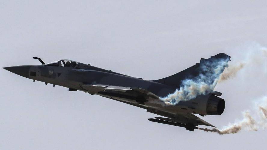 Mirage 2000 manquant: débris retrouvés, l'équipage porté disparu