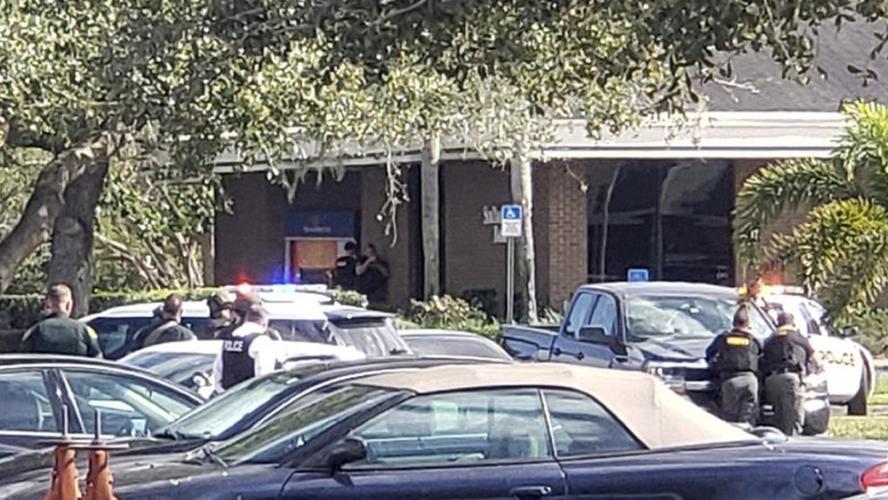 Cinq personnes tuées lors d'une fusillade dans une banque — États-Unis