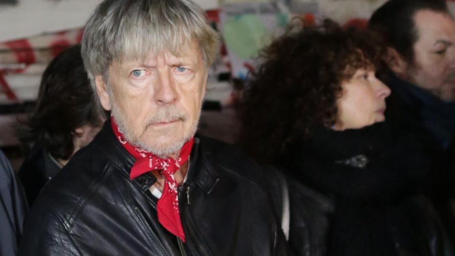 Musique: Le chanteur Renaud hospitalisé en urgence après une chute
