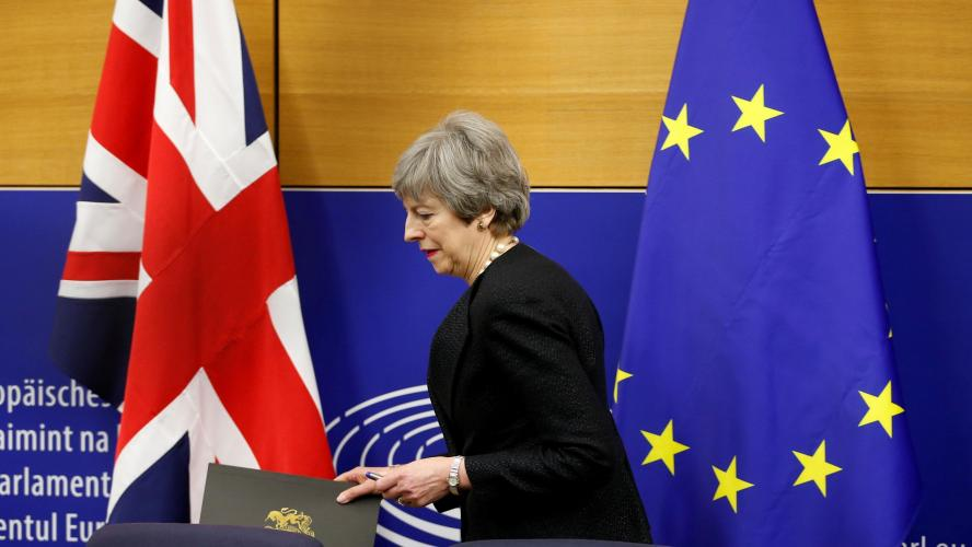 Brexit: Une nouvelle complication pour l'accord de Theresa May