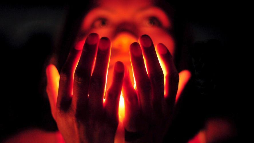 Une heure d'obscurité pour la planète — Earth Hour