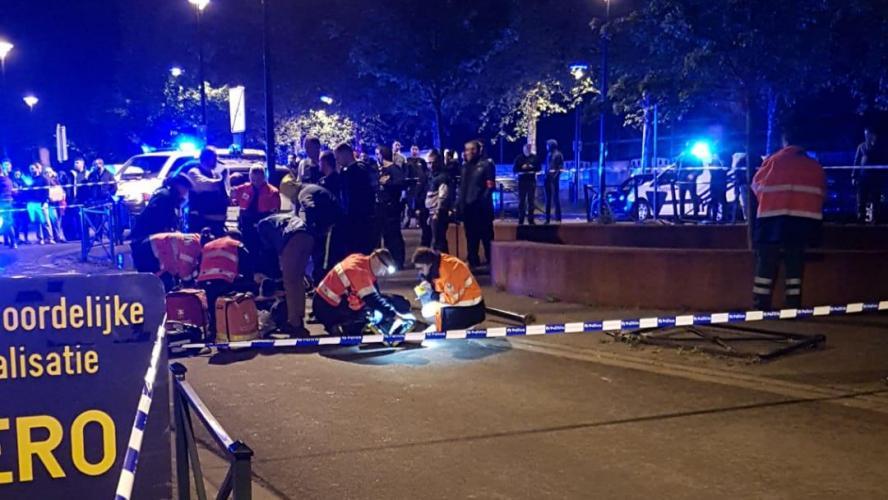 Course-poursuite à Molenbeek: un jeune en motocross écrasé par une voiture de police! (photos + vidéos)