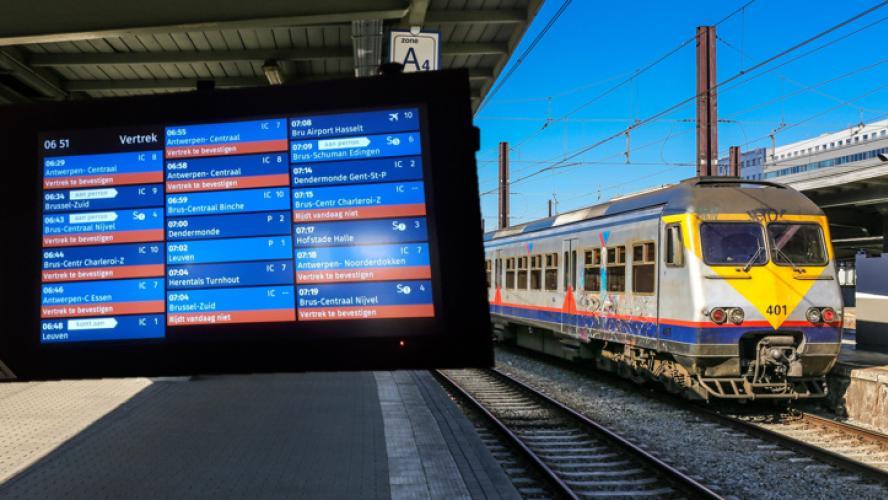 Dégagement de fumée et incendie: le trafic ferroviaire interrompu ce mardi matin entre Bruxelles-Nord et Midi, tout le réseau SNCB impacté