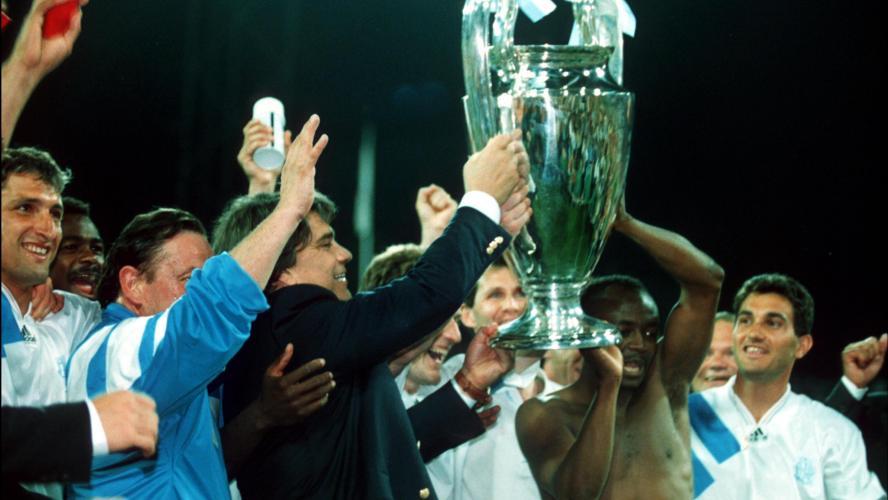 Tapie accusé d'avoir acheté un match en 1993 — Ligue des Champions