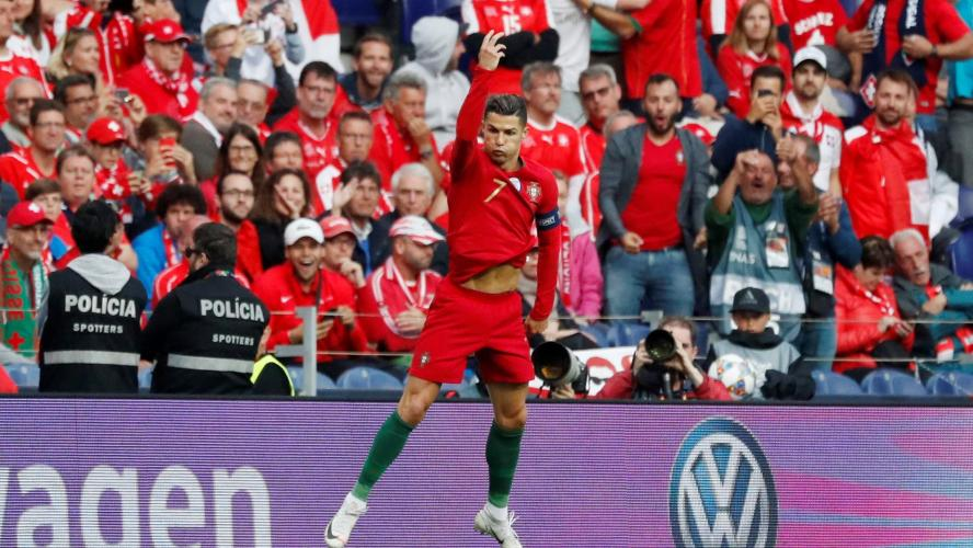 Cristiano Ronaldo marque un triplé et envoie le Portugal en finale