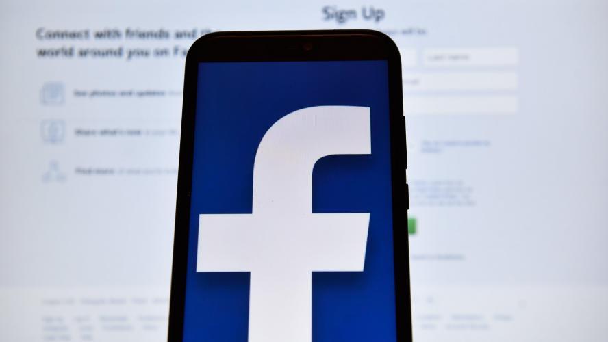 Facebook dément que son patron ait sciemment négligé le problème — Données personnelles