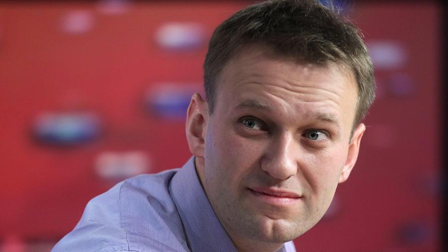 Navalny en réanimation, son entourage crie à l'empoisonnement — Russie
