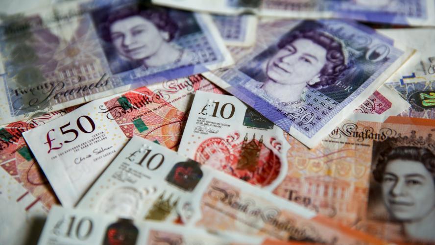Brexit La Livre Sterling Au Plus Bas Face A L Euro En Pres