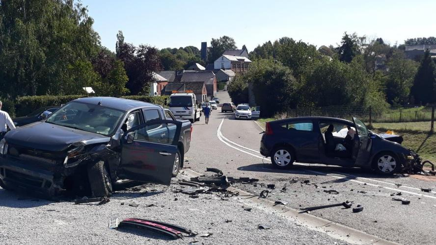 Violent accident frontal à Chimay: Emerson, 20 ans, a perdu la vie à la suite de la collision