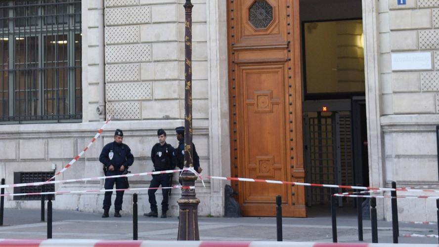 DIRECT - Hommage aux policiers tués à la Préfecture de police de Paris