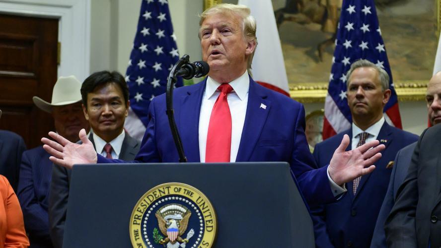 Trump dit au Congrès qu'il ne coopérera pas avec l'enquête de destitution
