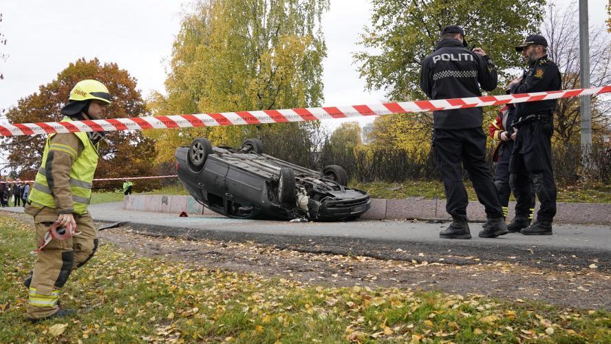 Un homme armé vole une ambulance et fauche cinq personnes — Norvège
