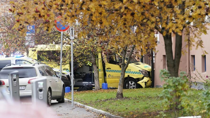 Un homme armé vole une ambulance et renverse plusieurs personnes — Norvège