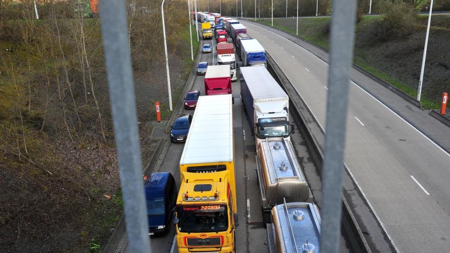 """Résultat de recherche d'images pour """"blocage routes sudpresse"""""""""""