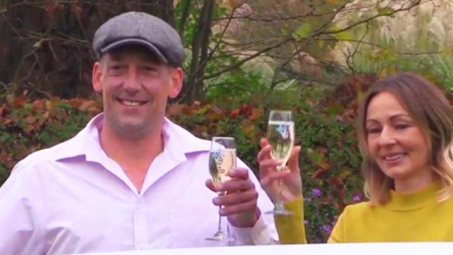 Le beau geste du gagnant de l'EuroMillions: Steve, qui a remporté 125 millions, continue de travailler mais ne fait plus payer ses clients!