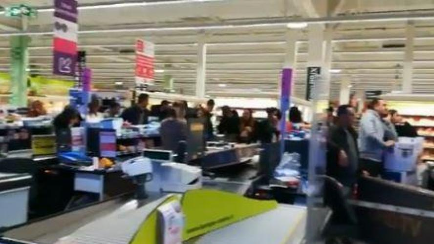 Des TV affichées à 30 euros provoquent une pagaille monstre à Montpellier