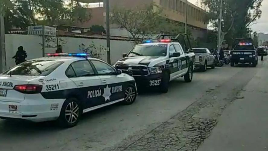 Deux morts et six blessés dans une fusillade dans une école — Mexique