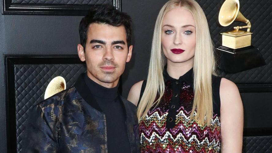 Sophie Turner attend son premier enfant