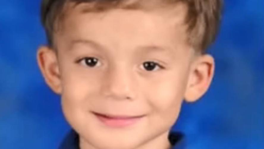 Isaiah, 6 ans, est mort dans d'atroces souffrances: le petit garçon a succombé à une infection après avoir été violé avec un bâton par son papa