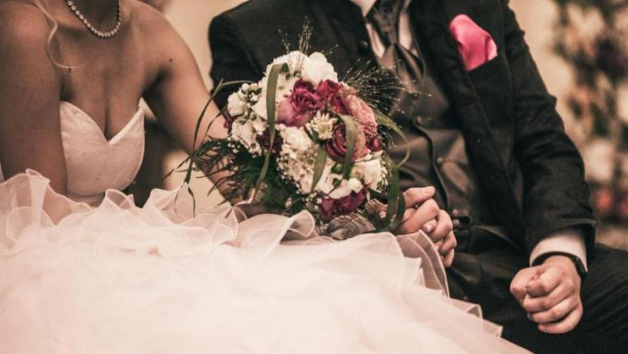 Par vengeance, elle se marie avec son ex, sans son consentement