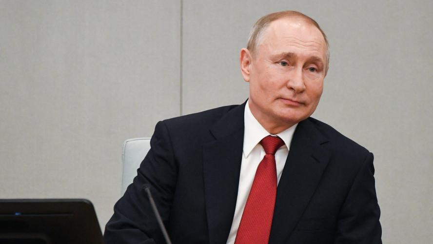 Russie : Vladimir Poutine a signé la réforme permettant son maintien au pouvoir