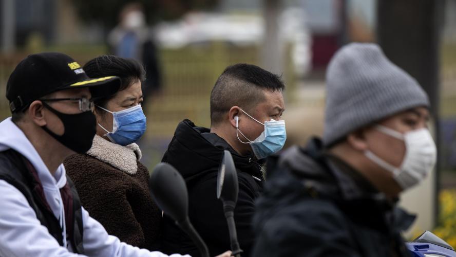 Coronavirus : Trump défend l'usage de