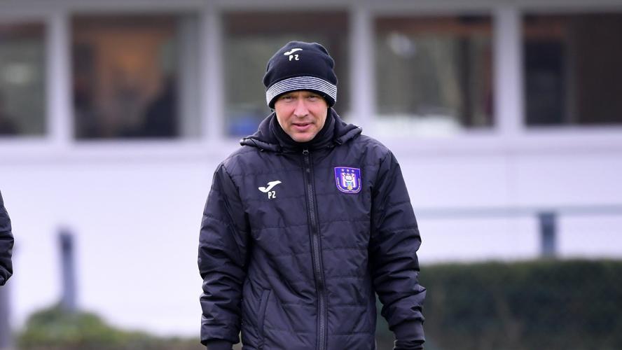 Belgique : l'entraîneur adjoint d'Anderlecht licencié - Foot - BEL - Anderlecht
