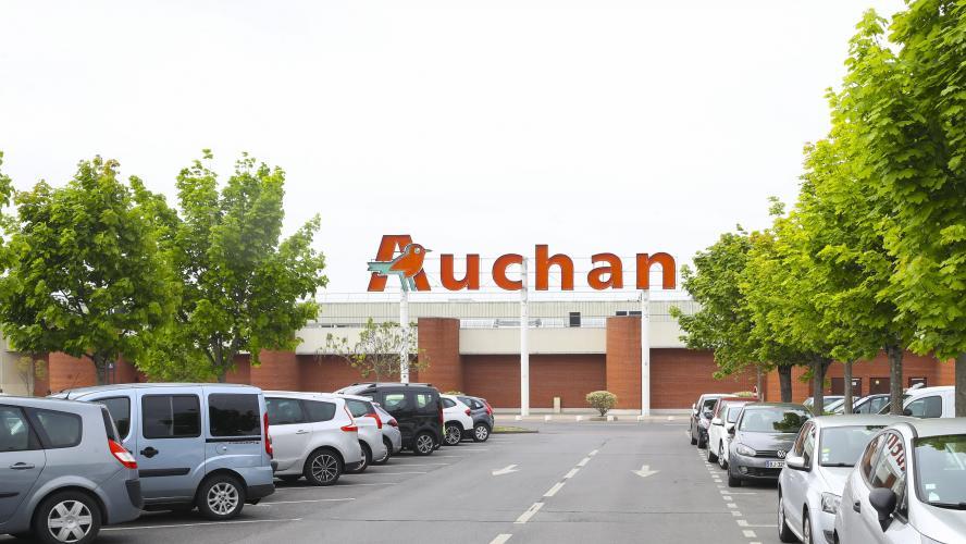 Auchan va verser une prime de 1.000 euros à ses employés — Coronavirus
