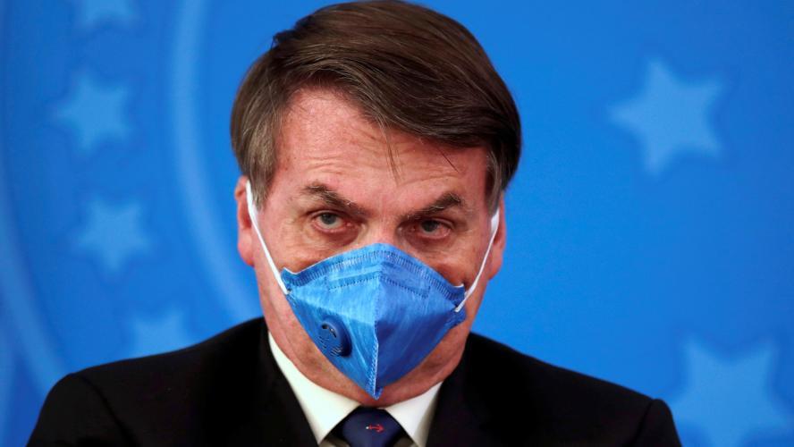 Très inquiet pour le Brésil, Dani Alves interpelle Bolsonaro — Coronavirus