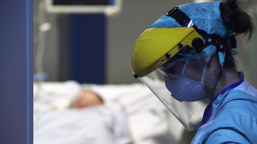 Coronavirus: 268 nouveaux décès, les hospitalisations se stabilisent