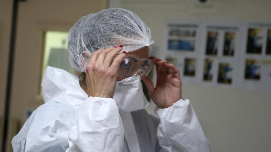 Découverte d'un premier cas de réinfection à Hongkong — Coronavirus