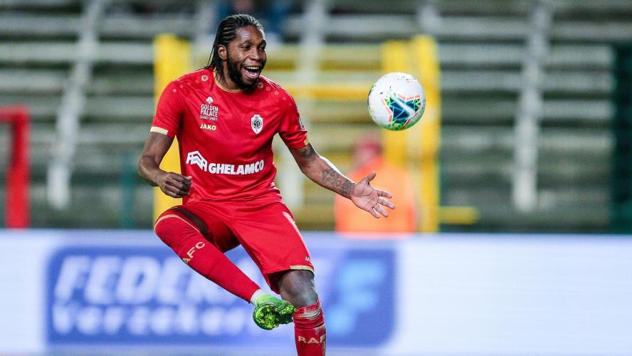 Dieumerci Mbokani prolonge avec Antwerp — Belgique