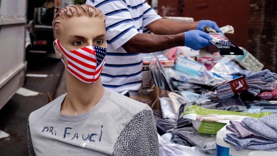 820 nouveaux décès en un jour aux Etats-Unis