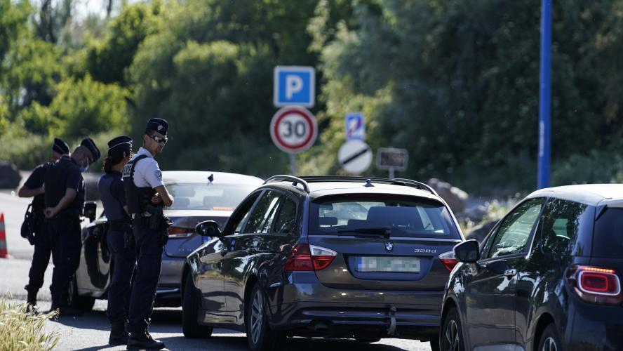 Les frontières entre la Belgique et la France rouvrent ce lundi: «Trois  mois, c'était long!»