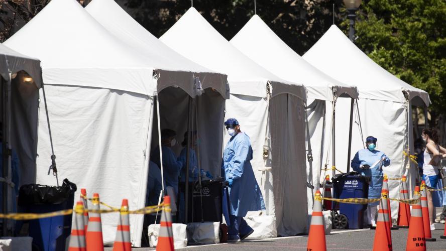 Coronavirus: nouveau record de contaminations aux Etats-Unis