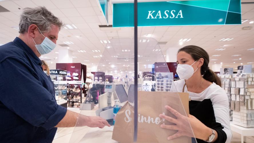 Port du masque obligatoire dans les magasins et autres lieux publics fermés: vous risquez 250 euros d'amende en cas d'infraction!